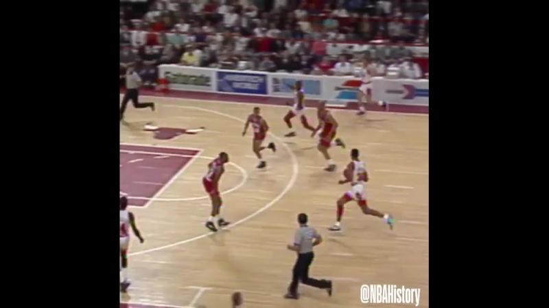Рекордная серия из 15 побед Чикаго Буллз в плей-оффе на домашней площадке (1991 год)