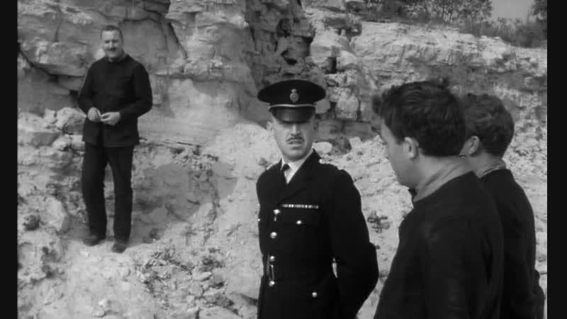 Подкоп с двух сторон(Англия.Комедия.Криминал.1960)