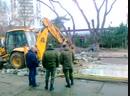 В Анапе заканчивают сносить незаконно установленный павильон