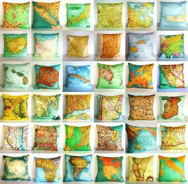 Карты в интерьере.