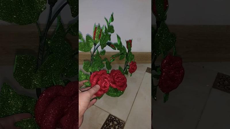 Дерево из роз в форме сердца. Из фоамирана