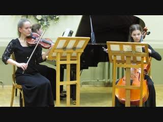 MVI_0698 - К. Дебюсси.Трио для фортепиано, скрипки и виолончели, части 1, 2. (см. продолжение MVI_0699 -)