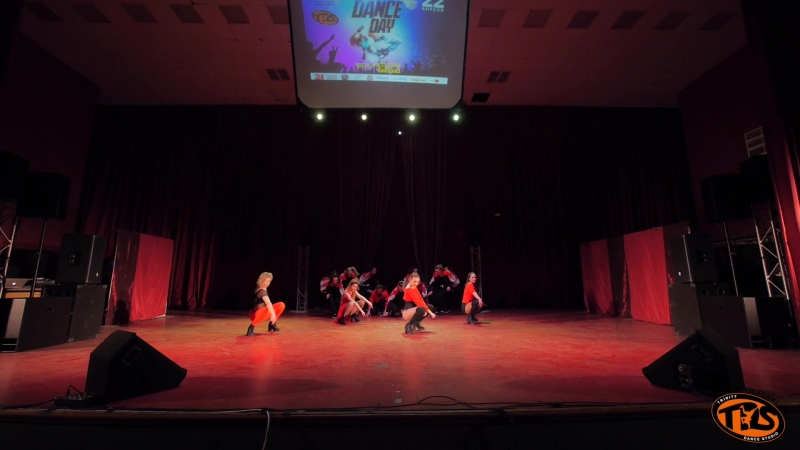 Dance Day 2018| Best Dance Show CREATIVE TEAM| WheKs M-ART GIRLS