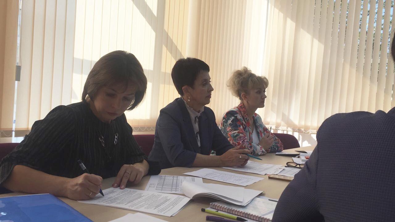 В школе №60 обсуждают личностное развитие школьников — Изображение 2
