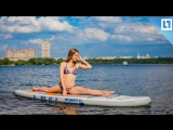 Красивые девочки на сёрфах по Москве-реке