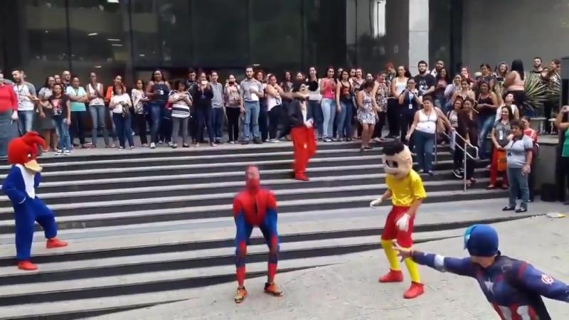 Damn this new spider-man game is wild