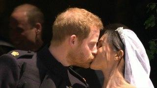 Королевская свадьба: принц Гарри и Меган Маркл: первый поцелуй как муж и жена
