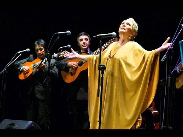 Palmero sube a la palma en vivo Maria Dolores Pradera