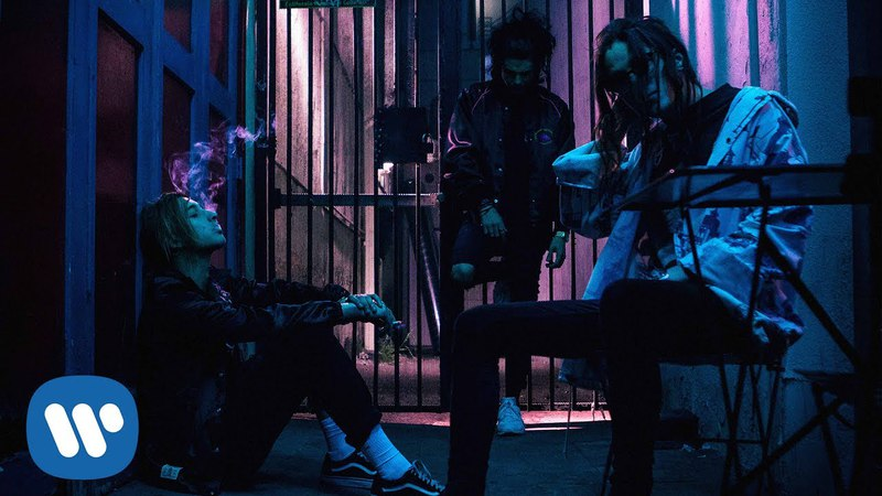 Chase Atlantic - Into It (Official Music Video)