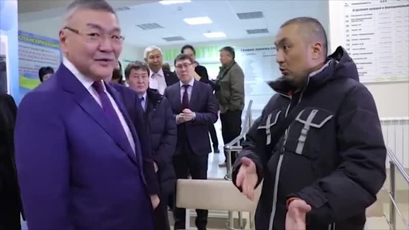 Скандал. Глава Калмыкии Орлов А.М. сбежал от жителя Элисты. 17.01.2019