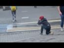 Гусиным шагом через всю Москву