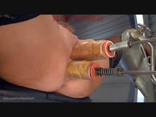 [fuckingmachines.com / kink.com] veronica avluv - big titted anal milf squirts everywhere (08.04.2015)