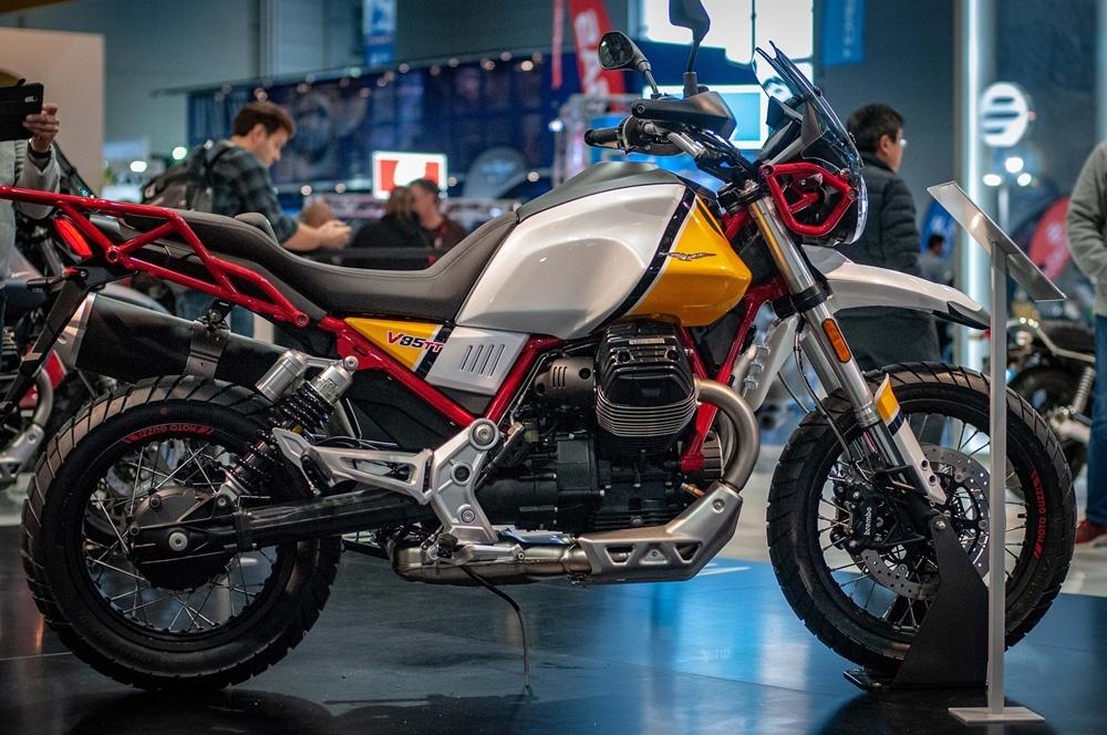 Живые фото Moto Guzzi V85 TT 2019