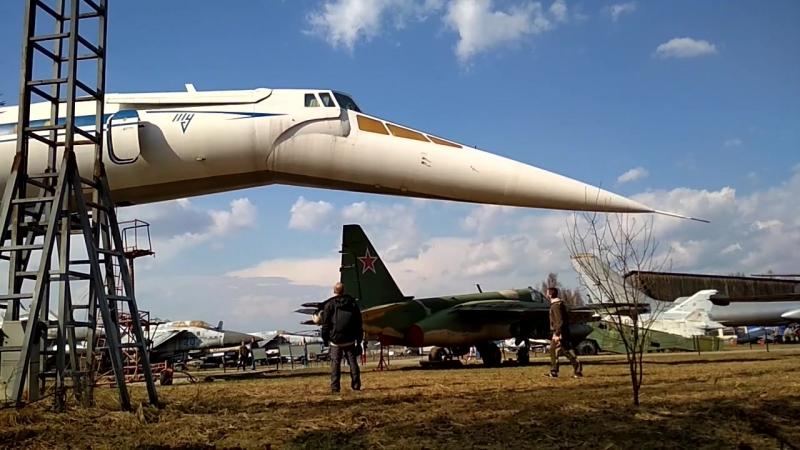 Монино. Отклоняемый нос и ПГО Ту-144