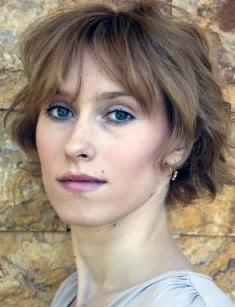 Мария Болтнева Мария Болтнева - российская актриса театра и кино, ставшая известной в России и странах ближнего зарубежья после съемок в криминальном телесериале «Глухарь» и его многочисленных