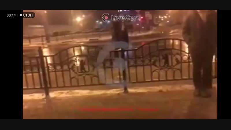Пират устроил дебош в центре Ярославля.