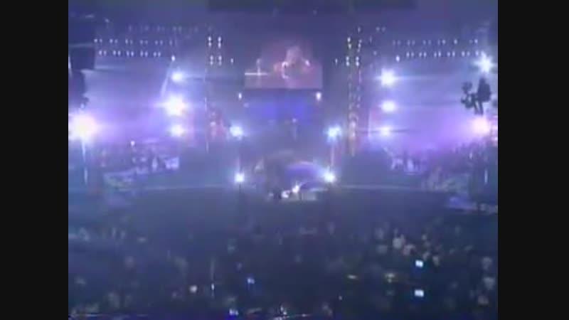 Guns N Roses Ft. Sir Elton John - Playing November Rain