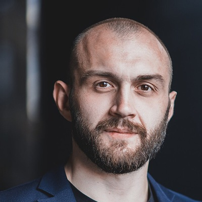 Антон Гуреев