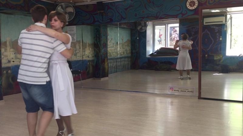 Нравится ли мне когда девушка танцует Кизомба в платье 👗 Ответ 👍 Да 8 ое чудо света Танцевать🙏😊