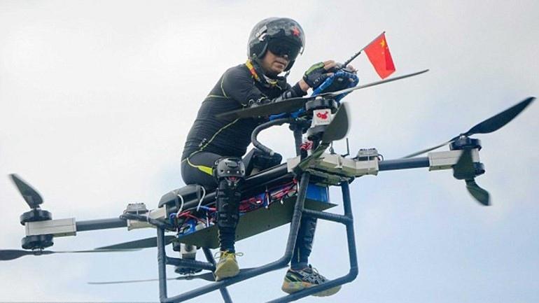 Китайский изобретатель сделал Hoverbike и осуществил мечту (видео)