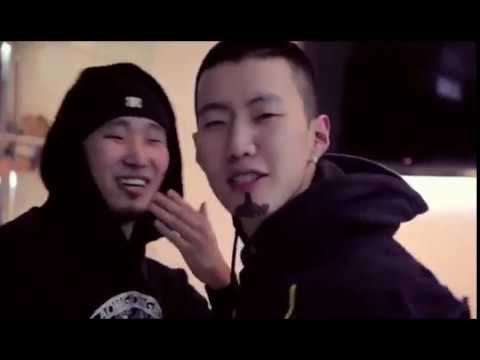 AOMG office funny/singing moments