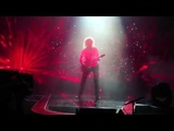 Queen + Adam Lambert 4K - Madrid 2018 - Brian May solo + The Show Must Go On