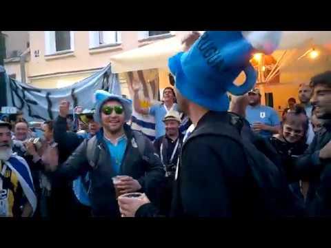 France and Uruguay have fun in Nizhny Novgorod