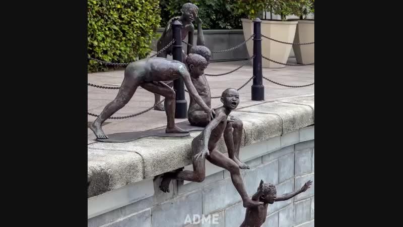 Необычные скульптуры из разных уголков мира