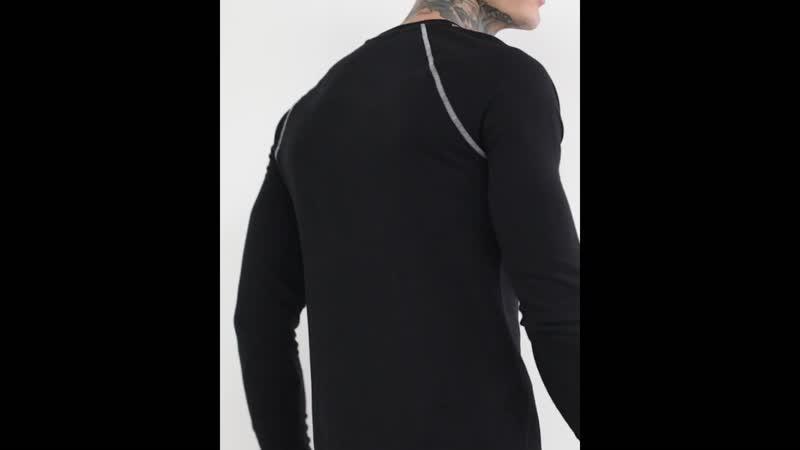 Черный свитшот с контрастной строчкой
