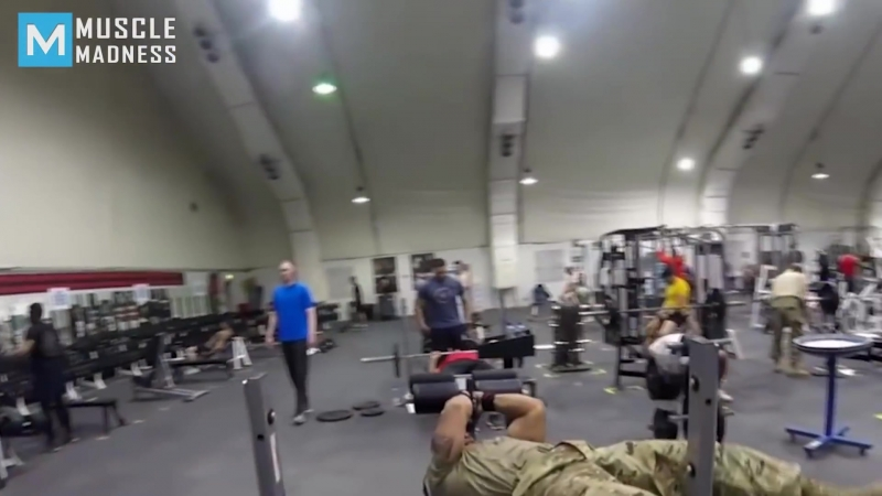 STRONGEST Soldier in Army Gym - Мотивирует