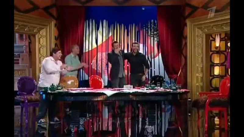 Поцелуй Хью Джекмана и Ивана Урганта
