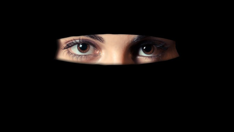 Женщина-имам о западных ценностях