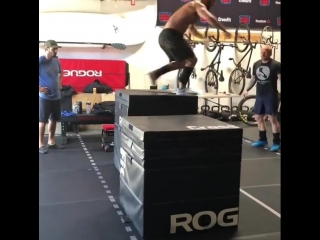 crossfitgames~1532644202~1832273418893100617_1074270416.mp4