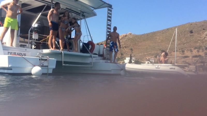 Прыжок с яхты, репетиция