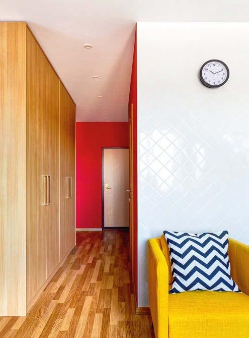 Перепланировка однокомнатной квартиры в студию 35 м в Москве.