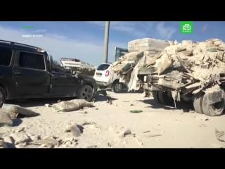 В грузовик со строительными смесями врезалась фура
