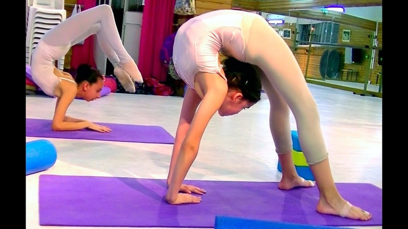 Escuela Sudamericana de Ballet- part 13th- Ballet flexibility-Stretching exercises-Ballet class