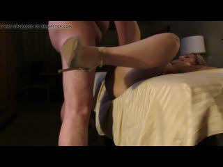 Shared_petite_wife_again_with_stranger_720p