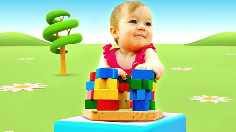 Bebek videosu. Bianka renkleri ve şekilleri öğreniyor. Güzel oyuncaklar