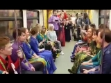 ФЛЕШМОБ! МЛАДАхор из Перми в метро Москвы!