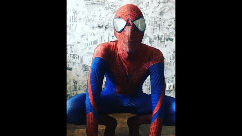 Человек-паук поздравляет Савика❤️