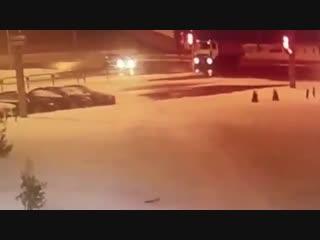 Дорожники выехали на красный свет в Минске