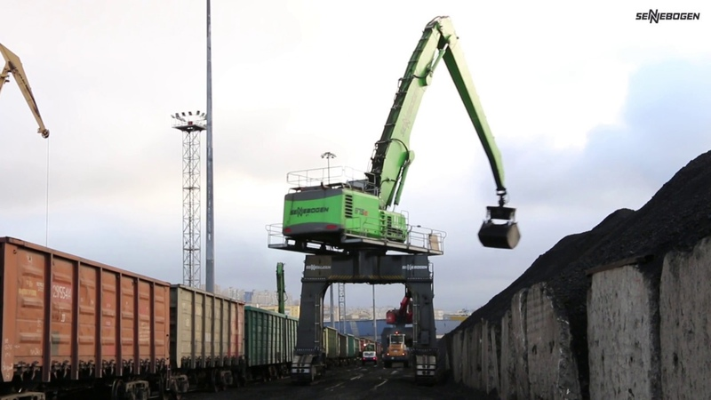 SENNEBOGEN 875 E-Series - Coal Handling at Murmansk Port - Russia
