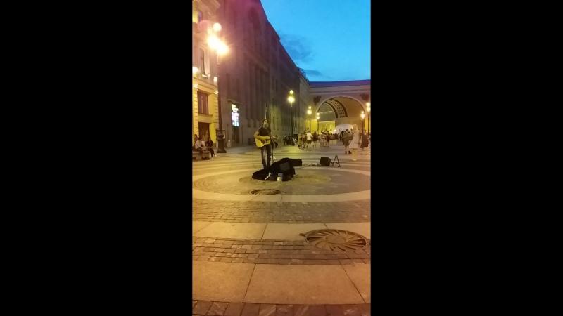 Giovanni Bassano уличный музыкант 22.07.2018.