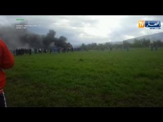 Военный самолет потерпел крушение в Алжире