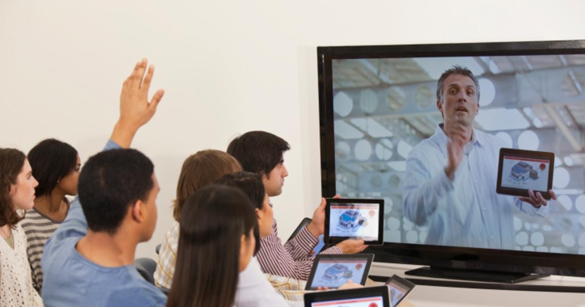 МГУ открыл запись на бесплатные общеобразовательные онлайн-курсы