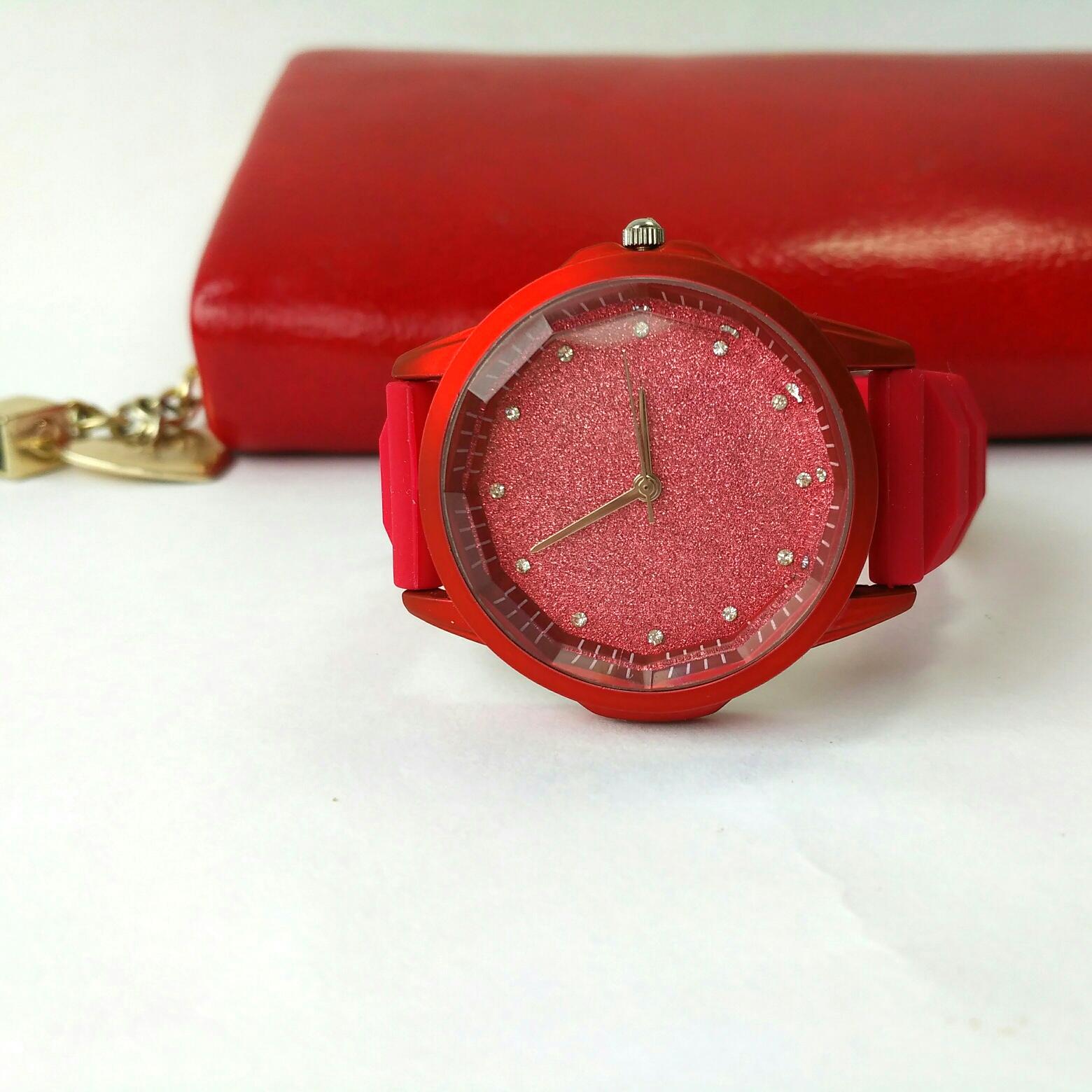 Шикарные Кварцевые часы из магазина Womens Mens Wood Watch Store