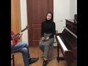 Чеченка очень красиво поет