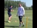 В качестве подопытных – защитники Яннис Каргас и Олег Веретило.