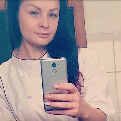 Елена Светлакова